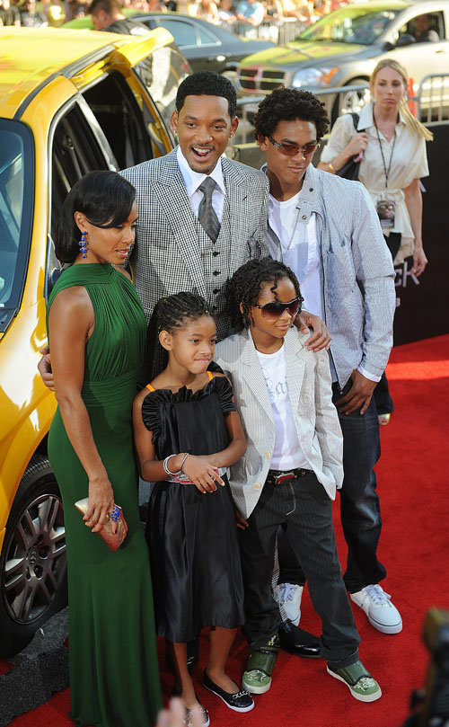 will smith family. Will Smith is a family Man